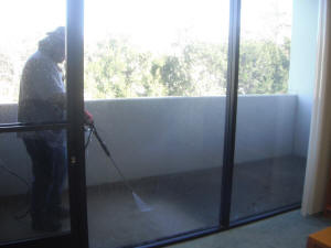 Pressure washing service Ventura, Oxnard, Camarillo, Ventura County Ca. power washing 805-612-3471 (24).JPG (84393 bytes)
