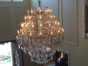 camarillo chandelier cleaning, sconce cleaning.JPG (99005 bytes)