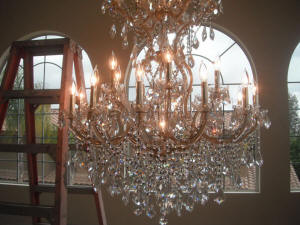 chandelier cleaning service camarillo California.JPG (144820 bytes)